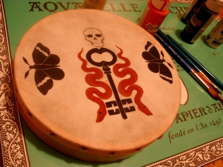 Painting the Skeleton Key bodhran